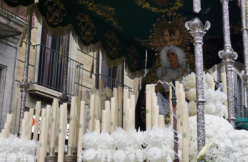 La grâce divine de Sainte-Marie